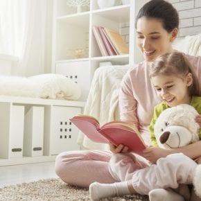 100 книг, которые стоит прочесть ребенку, пока он не научился читать