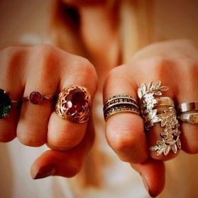Выберите украшение, которое вам больше всего нравится, и узнайте, какая Вы женщина!