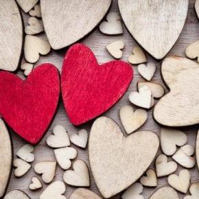Какое сердце нравится Вам? Просто нажмите и получите подарок от Вселенной!
