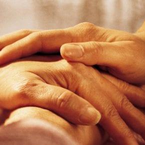 20 фраз, которые помогут вам поддержать ваших близких, переживающих трудные времена
