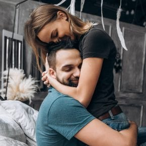 Когда мужчины влюбляются, они просто НЕ делают эти вещи