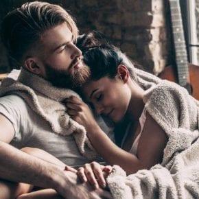 Какие мысли посещают мужчину, когда он наконец встречает правильную женщину?