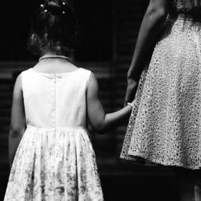 Почему мы отвергаем мать?