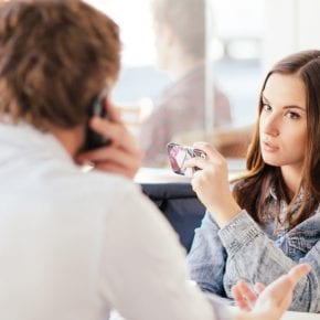 7 способов преодолеть эмоционально трудное общение