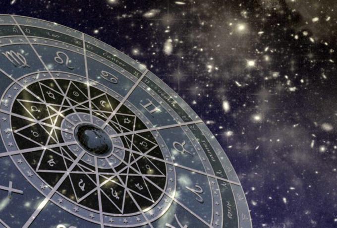 Какие непредсказуемые моменты ожидать каждому знаку Зодиака в 2019 году?