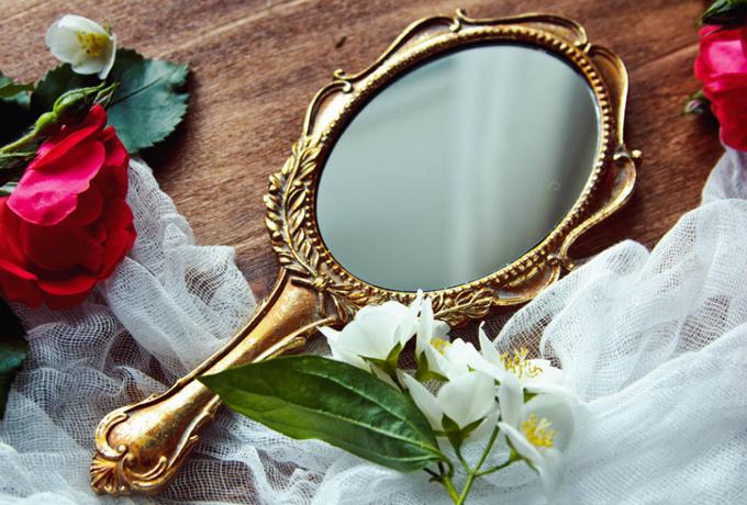 Как зеркала влияют на личную жизнь?