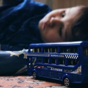 4 формы газлайтинга, которые мы неосознанно используем в общении с детьми