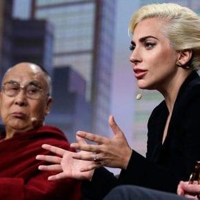 Леди Гага объясняет, как элита разделяет людей и сеет ненависть в обществе