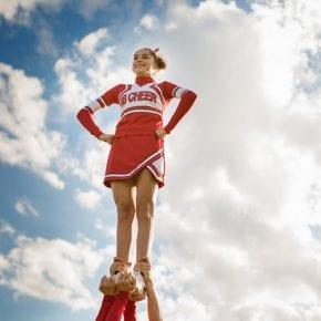 Ваши дети - не самые популярные в школе? Ученые говорят, что родители могут вздохнуть с облегчением