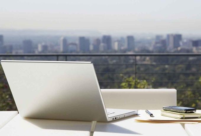 Прощай, офис! Работа на дому – самая мудрая управленческая стратегия всех времен