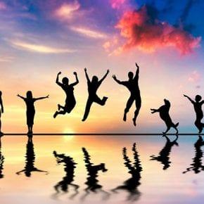 Счастье действительно исходит изнутри? Психиатр говорит, что все происходит несколько иначе